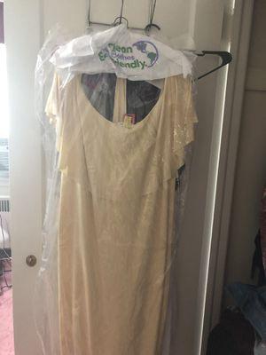 Baby shower dress for Sale in Philadelphia, PA