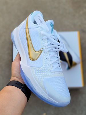 Undftd Kobe 5 Protro What If Pack (White Pair Only) for Sale in Inglewood, CA