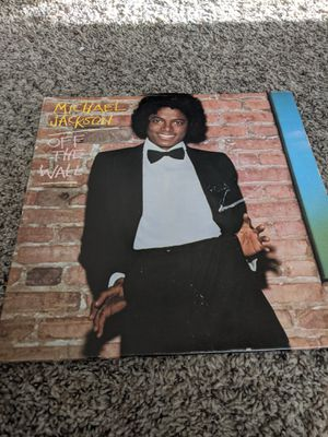 Awesome 1979 epic records michael jackson record alblum off the wall near mint condition make offer price negotiable for Sale in Independence, OH