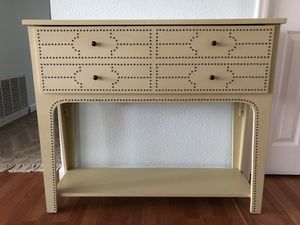 Console table and matching mirror for Sale in Ruston, WA