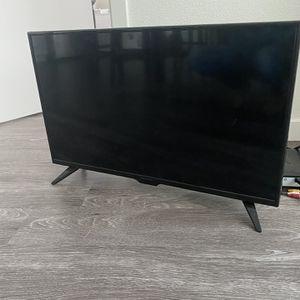 32 Inch Insignia Smart Tv for Sale in Santa Maria, CA