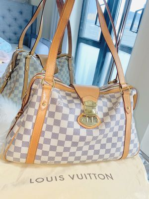 GORGEOUS AUTHENTIC LOUIS VUITTON STRESSA SHOULDER BAG for Sale in San Francisco, CA