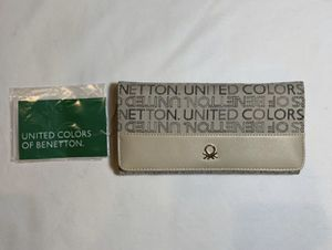 United Colors of Benetton Women's Flap Wallet for Sale in Morton Grove, IL