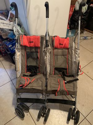 Jeep brand double stroller for Sale in Fresno, CA