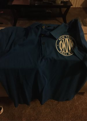 Dnky large shirt brand new for Sale in Upper Marlboro, MD