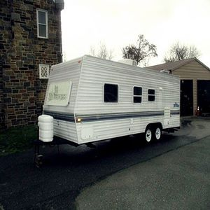 camper in good shape Fleetwood 24 ft for Sale in Los Angeles, CA