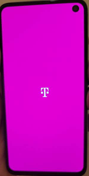 Samsung galaxy s10e phone for Sale in Aurora, CO
