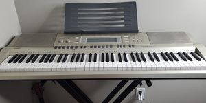 CASIO Keyboard and Stand for Sale in Pontiac, MI
