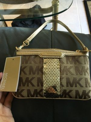 Michael kors for Sale in Gaithersburg, MD