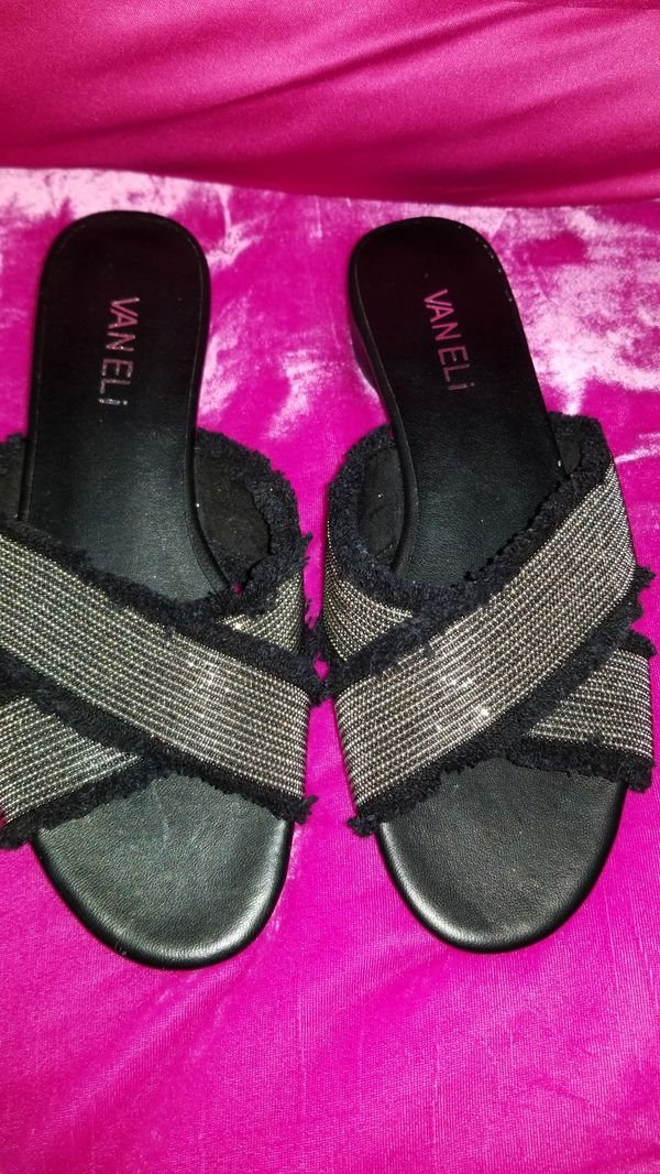 New Vaneli Black Baret Fringe with Silver Size 6