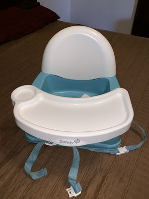 Kitchen booster seat. for Sale in Orange Cove, CA