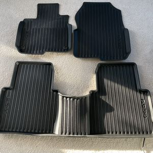 2017+ Honda CR-V all-weather Floor Mats, Cargo liner and Cargo Shade for Sale in Matthews, NC