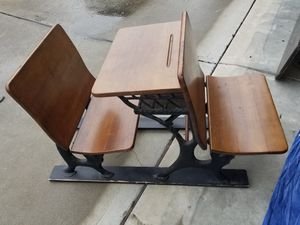 Antique School House Childs desk for Sale in Willow Spring, NC