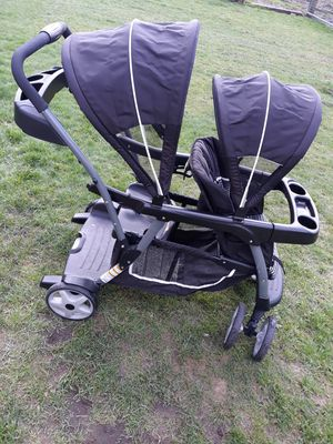 Graco click connect sit and stand stroller for Sale in Puyallup, WA