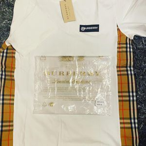 New Burberry T Shirts for Sale in Monterey Park, CA