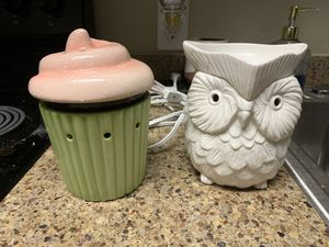 Scentsy candle warmers (2) for Sale in Portland, OR