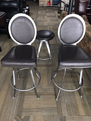 (2) Bar Chairs & (1) Stool for Sale in St. Peters, MO