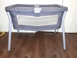 Chicco Iris Purple Bassinet for Sale in Austin, TX