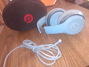 SOLO BEATS HEADPHONES for Sale in Belen, NM