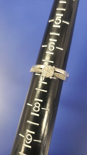 10K Gold Ring 4.2 grams & 8 Round Diamonds 0.16CTW 22 Round Diamonds 0.22CTW wedding Set for Sale in Tampa, FL