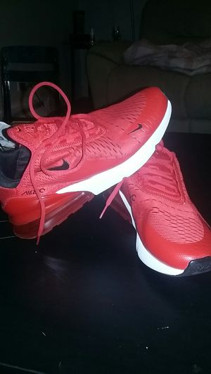 Nike Airmax 270. Size 8 for Sale in Lakewood, CO