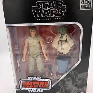 Star Wars The Black Series Luke Skywalker and Yoda (Jedi Training) Action for Sale in Chandler, AZ