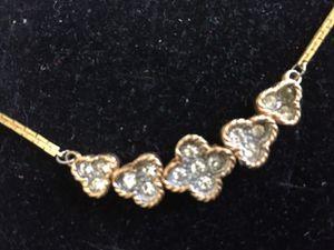 Gold Flower Design Chain for Sale in Santa Monica, CA