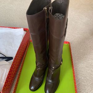 Tory Burch Blaire Mid Heel Leather Boots - Color Coconut - Size 6 for Sale in Dublin, CA
