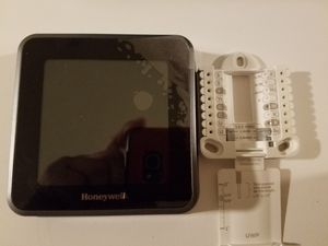 Honeywell thermostat for Sale in Redwood City, CA