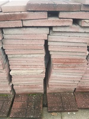 Free Used patio bricks for Sale in Summit, IL