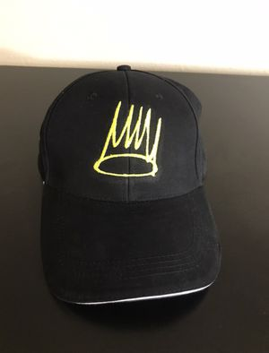 BORN SINNER YELLOW CROWN HAT for Sale in Turlock, CA