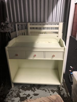Pottery Barn Kids Changing Table and Crib for Sale in Chicago, IL