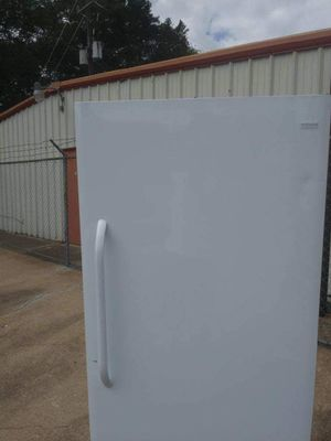 Fridigaire standup freezer for Sale in Houston, TX