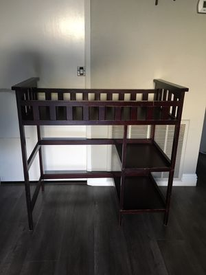 Changing table for Sale in Monrovia, CA