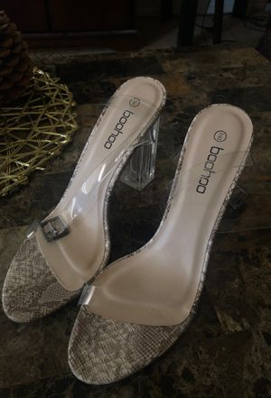 Clear Heel- Snakeskin strappy heel - NEVER WORN for Sale in Lawndale, CA