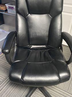 Swivel Desk Chair for Sale in Los Angeles,  CA
