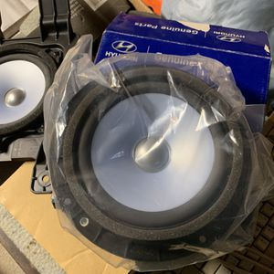 Hyundai Speaker Assembly (door) Pair for Sale in Queens, NY