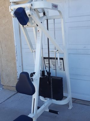 Cybex dual axis row / rear delt weight machine for Sale in Corona, CA