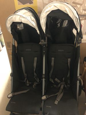 UppaBaby Double Stroller Black for Sale in Lacey, WA