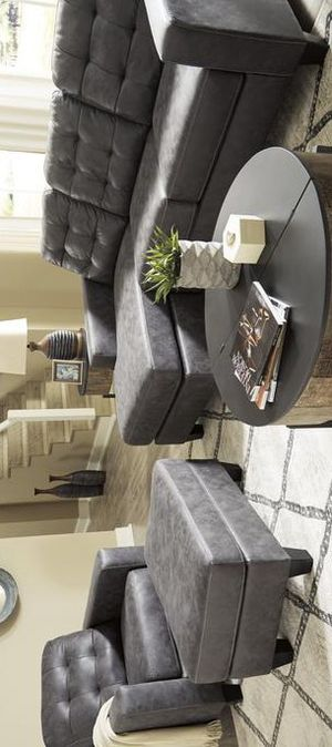 💯Venaldi Gunmetal Living Room Set byAshley for Sale in Glen Burnie, MD