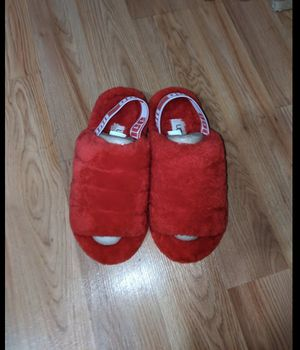 Ugg slippers for Sale in McKees Rocks, PA
