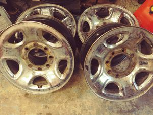 "17"" Chrome Rims 8x6.5 lug pattern for Sale in Poulsbo, WA"