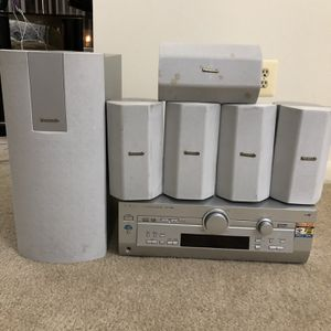 Panasonic Sound System With 6 Surround Speakers for Sale in Towson, MD
