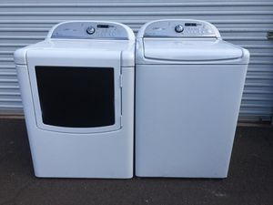Whirlpool washer and dryer set, in good condition everything works fine, clean one month warranty delivery available for Sale in Tempe, AZ