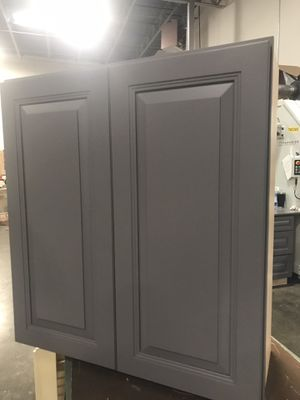 Kitchen Cabinets 50% off for Sale in Duncanville, TX