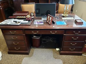 Emerald home furniture office desk, leather office chair and Crudensa for Sale in Tacoma, WA