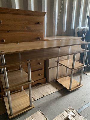 Desk for Sale in Kent, WA