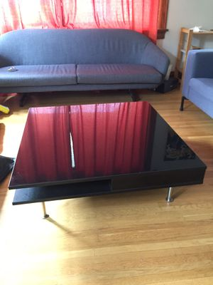 TOFTERYD IKEA Coffee table, high gloss black, 37 3/8x37 3/8 modern moderna for Sale in Portland, OR