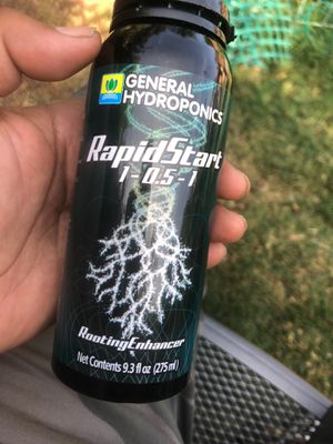 General hydroponics rapid start root enhancer for Sale in Woodland, CA
