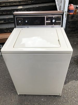 Kenmore Tan 80 Series Super Capacity Washer for Sale in Sumner, WA